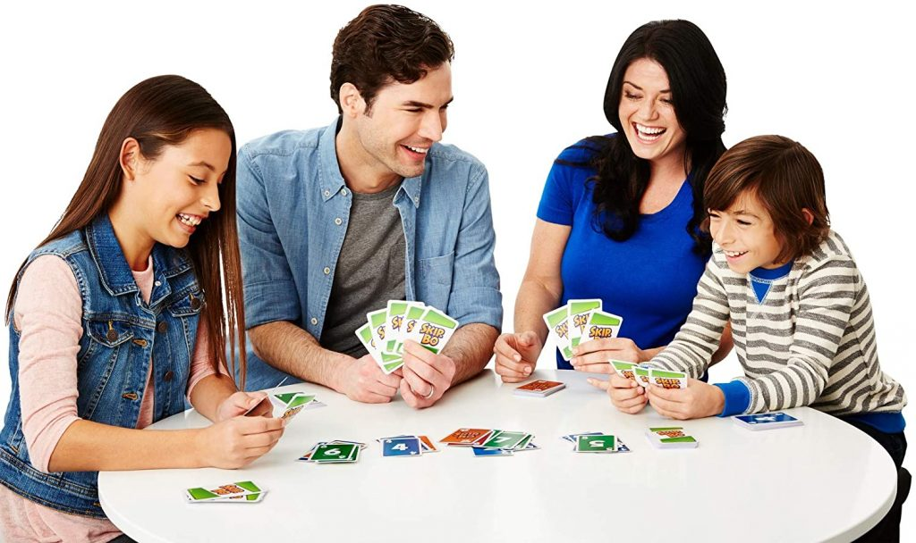 How to play Skip Bo in a team